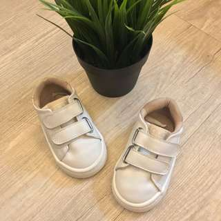 H&M baby shoes