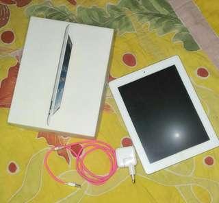 APPLE IPAD 2 Wi-fi+3G 16GB white