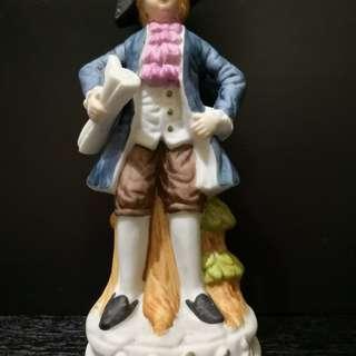 Europe gentleman figurine