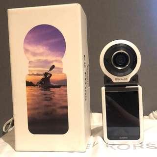 🚚 CASIO EXILM-FR100運動自拍相機