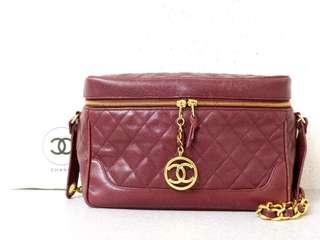 Vintage Chanel酒紅色魚子醬菱格cc金牌盒形shoulder bag 29x19x11cm