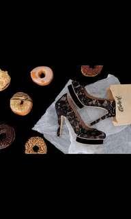 Ittaherl heels black
