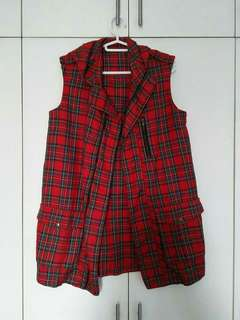 Red Hoodie Chequered