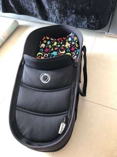 Bugaboo bee 3 bassinet with adaptor