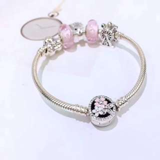 pandora bracelet and charm set
