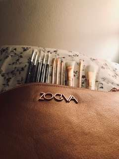 Zoeva brushes make up kit 11 brushes - face and eye brushes rose gold + pouch NEW