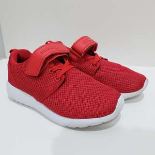 Boy Shoe - Red White 99.99% New