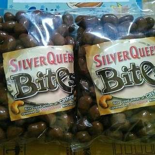 Silverqueen bites almond/cashew