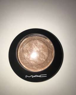 MAC Soft & Gentle