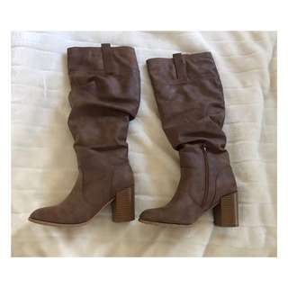 Size 7: Rustic Brown Boots