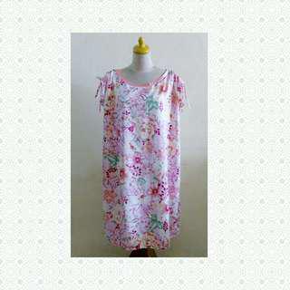 Dress pink flowers tali