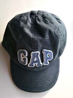 PRELOVED BABY GAP Classic Navy Blue Cotton Cap - in very good condition