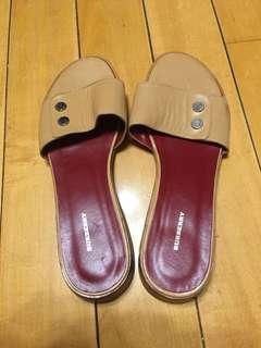 🚚 Burberry 鞋39.5