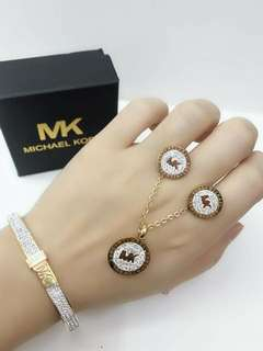 MICHAEL KORS COLLECTIONS