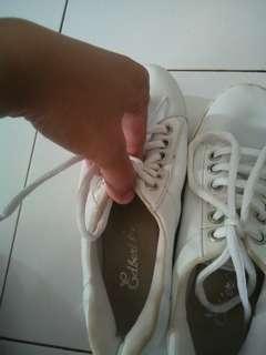 White shoes edberth