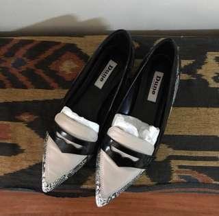 Size 8 Free shipping‼️Dune flat loafers