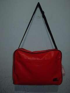SKECHERS red sling bag