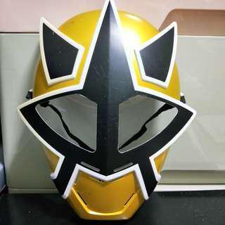 🚚 Toy mask
