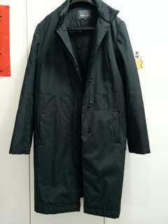 班尼頓長版厚風衣