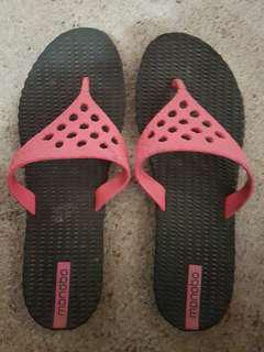 Size 7 thong sandle