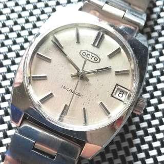 60年代,OCTO樂都古董錶,原裝面,無番寫,17石上鏈機芯,已抹油,行走精神,塑膠上蓋,原裝鋼帶,BOY SIZE,直徑32mm不連霸的,愛大莫問,淨錶$700,有意請pm