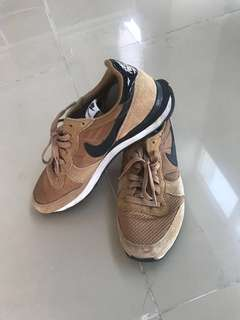 Nike internationalist brown tan (coklat) ukuran/size 43