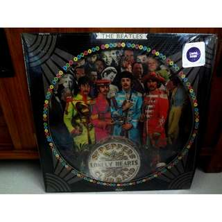 The Beatles Sgt. Pepper's Lonely Hearts Club Band Picture Vinyl LP Record Limitted Edition 1st Issue