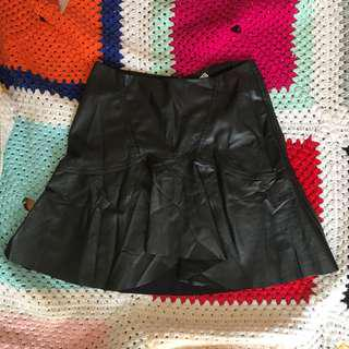 Cute W&B Collection Zara Black Faux Leather skirt
