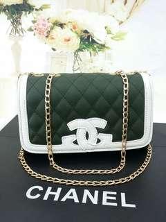 Chanel sling bag 🔥