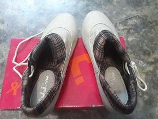 Sepatu JJ Cewek