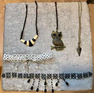 Necklaces, Chains & Beaded Chokers