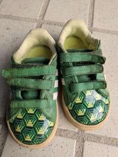 Adidas baby shoe green hulk