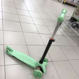 Brand New Kick Scooter In Box