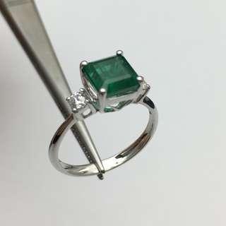 18K白金戒指 2卡綠寶 20份鑽石  18K Withe gold Ring 2.00ct Emerald 0.20ct Diamond 可議價