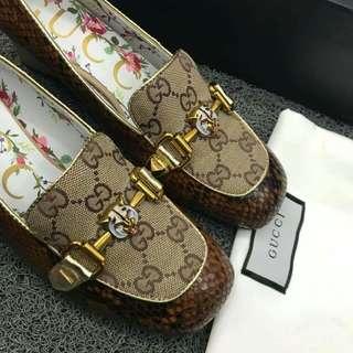 Gucci ready to ship!!