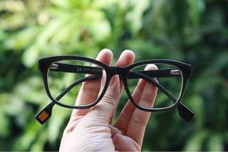 #maudecay Boss Eyewear Minus