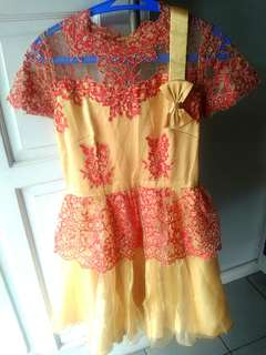 Dress Pesta Brokat Gold Red