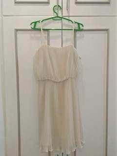 Preloved - semi formal dress (dirty white)