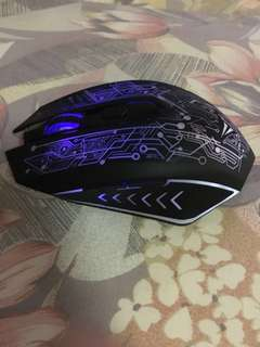 Alcatroz's gaming light up wireless mouse