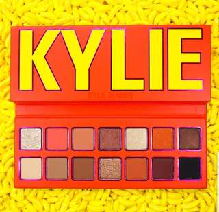 Kylie Summer 2018 Collection Limited Edition Eyeshadow Palette *Preorder*