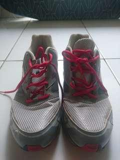 [REPRICE] Sepatu Reebok ORI