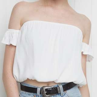Off shoulder top || Brandy Melville