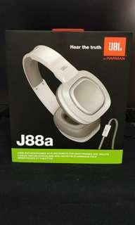 JBL 專業有線耳機