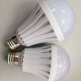 MagicBulb Emergency LED Bulb (Daylight) 7w