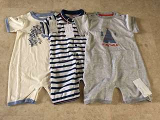 🚚 Baby romper Chateau de sable and Motherworks