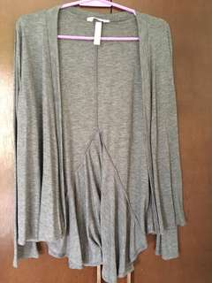 Slightly used imported cardigan medium size { shipping fee already inclusive to the price)