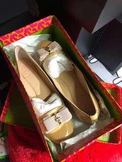 Tory burch Shoes 36.5