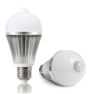 Motion Sensor Bulb 7w