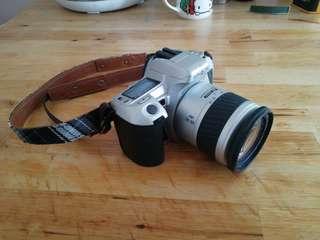 日本菲林相機,連鏡頭及相機帶