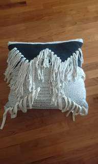 White Black Tassel Woven Fringe Cushion Cover